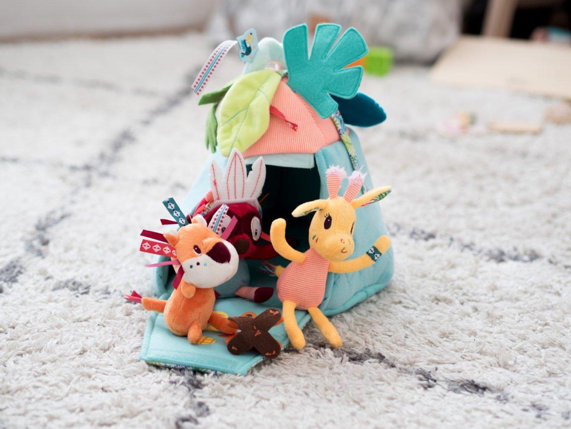 Les petits jouets chouchou de mes minis 1
